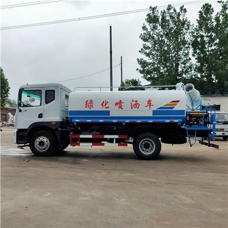 要闻:青海12吨洒水车安全保障
