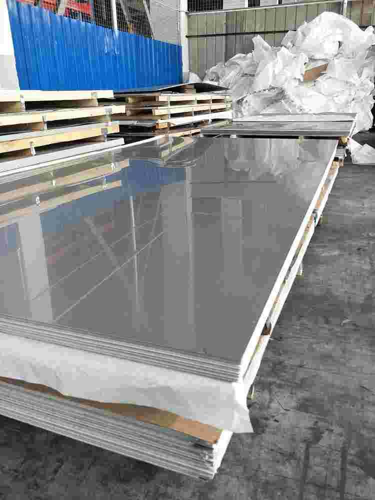 304不锈钢板、管棒角钢槽钢