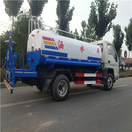 要闻:重庆15方洒水车现货供应