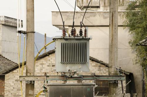 湖北南漳地区电力变压器调压变压器薄利回收